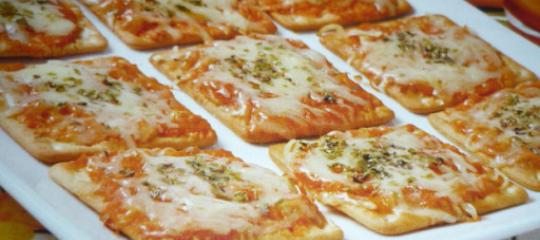 PIZZA DE BISCOITO RENATA